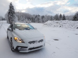 Coche en la nieve